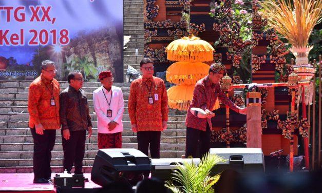 Gelar TTG dan PINDesKel, Presiden Jokowi Ingatkan Dana Desa Harus Tepat Sasaran