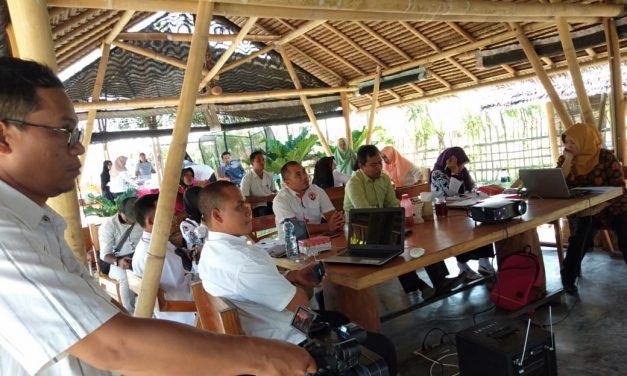Bidang Pemberdayaan Ekonomi Masyarakat dan Tekhnologi Tepat Guna (TTG) Dinas Pemberdayaan Masyarakat dan Desa Kabupaten Sumbawa Barat melaksanakan Kegiatan Penilaian Lomba Badan Usaha Milik Desa (BUMDES)